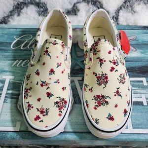 Vans women ditsy floral slip-on